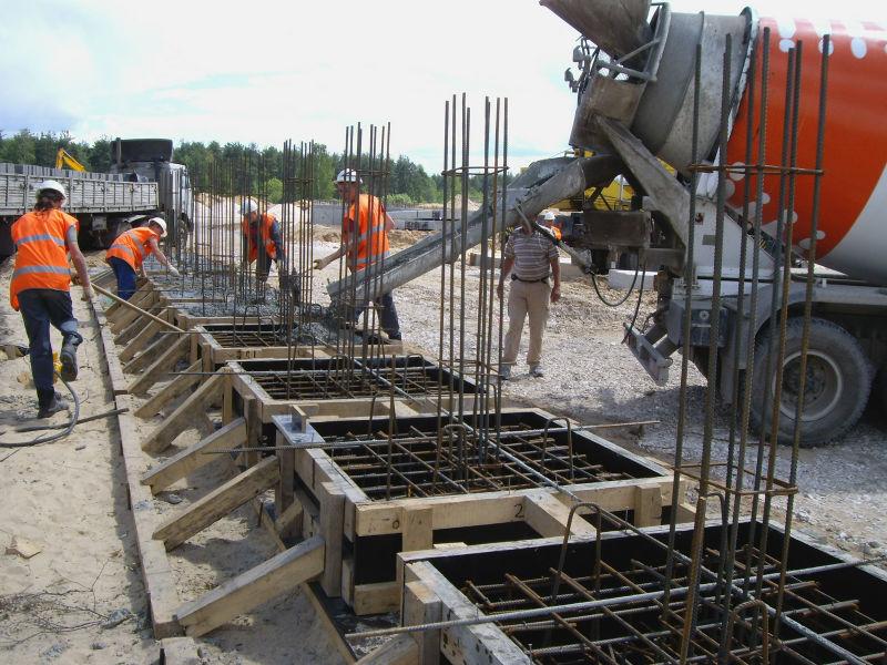 Работы по бетонированию фундаментов
