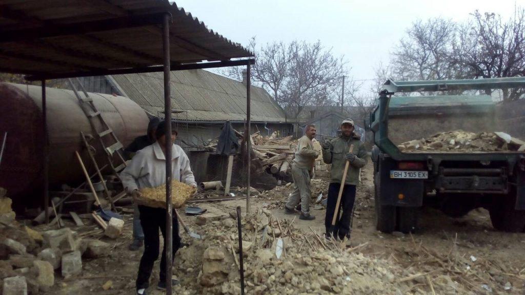 Очистка мусора после разборки здания