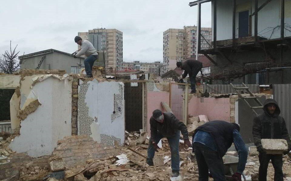 Услуги разнорабочих для строительных работ