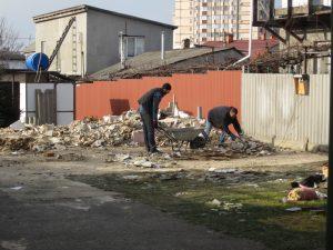 Перевозка мусора под погрузку