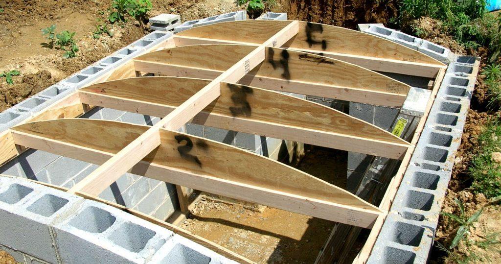 Строительство погреба из блоков