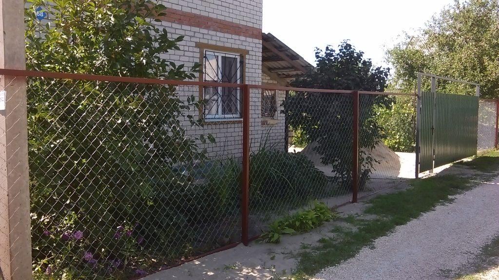 Установка заборов из сетки рабицы в Одессе