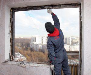 Демонтаж оконных рам, балконных блоков в Одессе