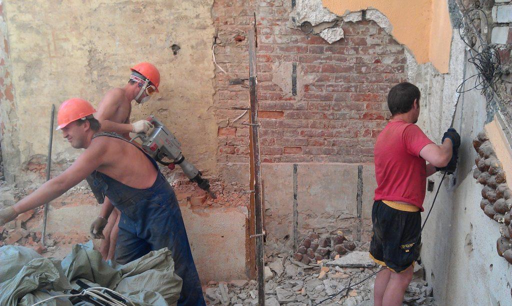 Демонтаж отделочных материалов в Одессе