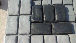 Тротуарная плитка Одесский булыжник чёрный цвет