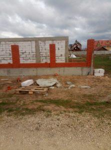Забор из клинкерного кирпича - Санджейкан