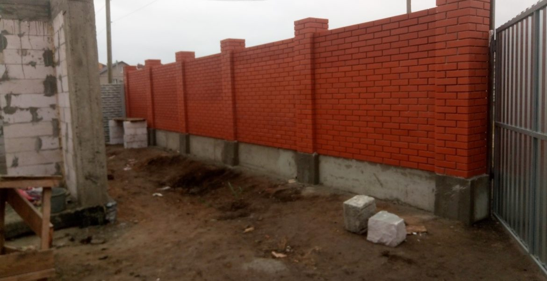 Сделать забор из кирпича в Одессе